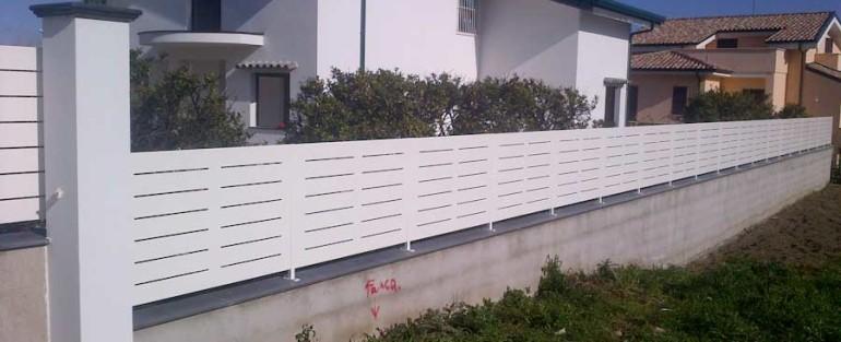 Recinzioni moderne serrmetal - Recinzioni privacy giardino ...